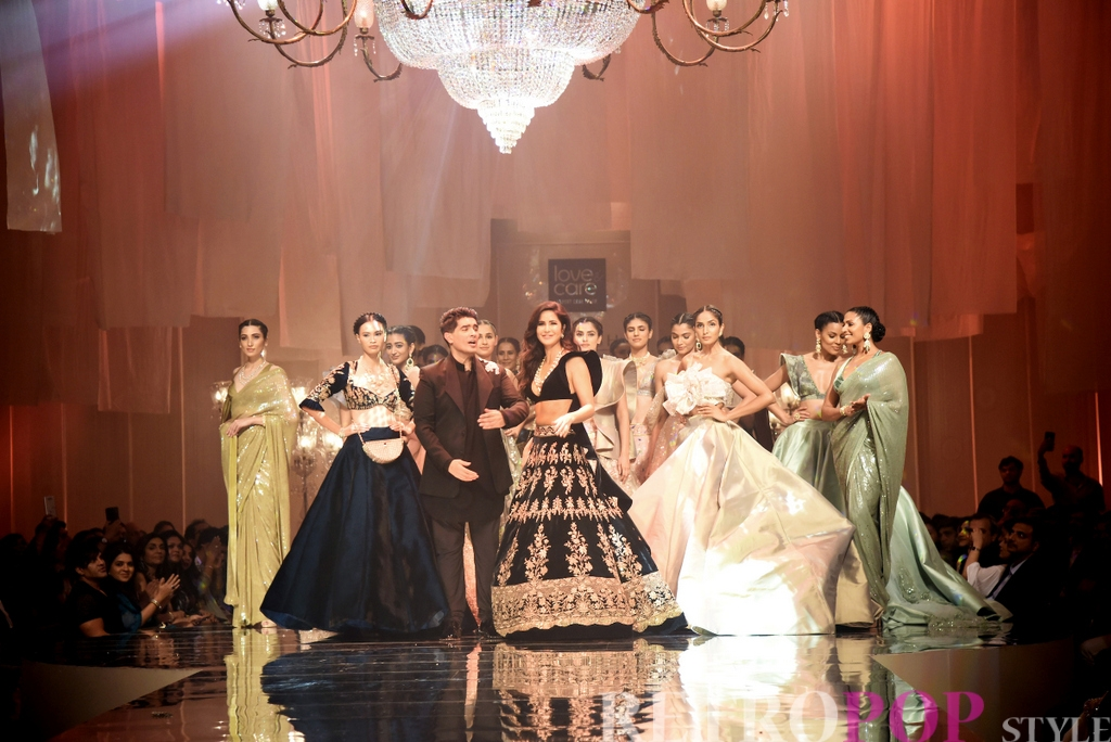 Born On The Runway Hul Partners With Manish Malhotra Tolaunch New Premium Fabric Wash Brand Love Care At The Opening Show Of Lakme Fashion Week Winter Festive 2019 Retropoplifestyle